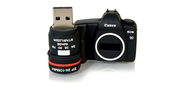 Chiavetta USB a forma di Canon reflex - idee per fotografi