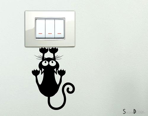 adesivo murale gatto appeso interruttore