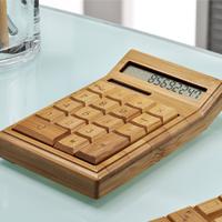 Calcolatrice in bambù