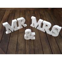 """Lettere in legno """"MR & MRS"""""""