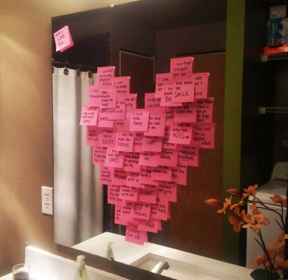 cuore con post-it romantica sorpresa per lui e lei