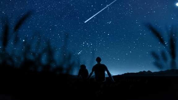 guardare le stelle innamorati