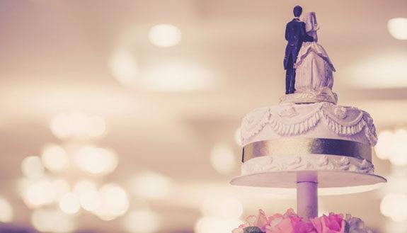 Cosa regalare per anniversario di matrimonio amici