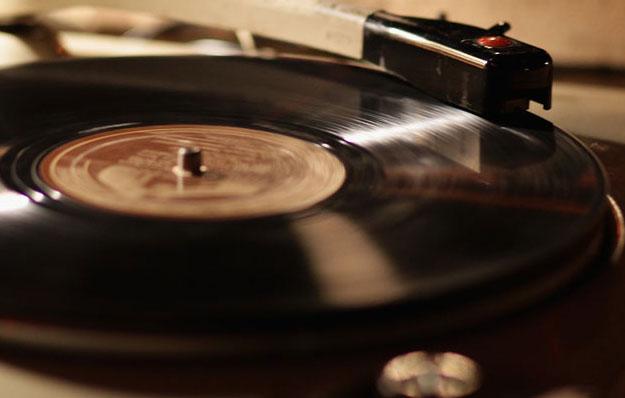 70+ canzoni romantiche, le più belle di sempre