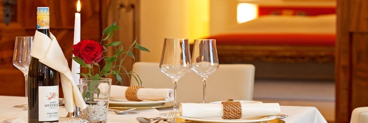 Come organizzare una cena romantica in casa