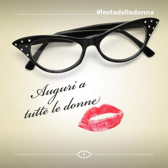 Auguri a tutte le donne occhiali bacio