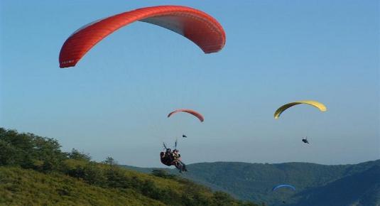Volo in parapendio biposto - Zona Lucca
